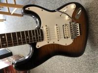 c165b09b308ff Used Fender Japan Photoflame Squier sers