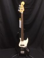 413ac9f2490f9 Raglan Bones Fender Electric Hat · Used Fender Fretless Jazz